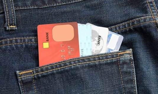 WHICH CREDIT CARD IS RIGHT FOR YOU?